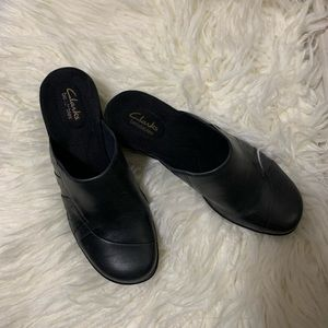 Women's Clark's Bendables slide on clogs